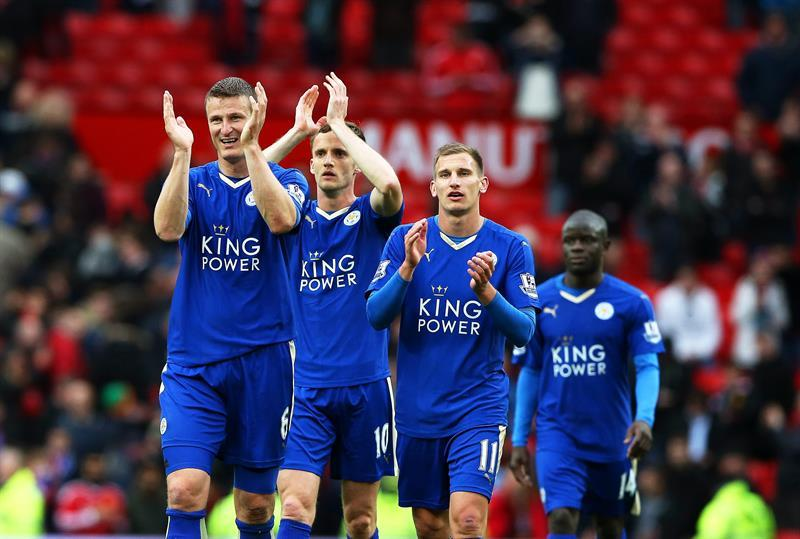 Leicester empata 1-1 con el Manchester United y aplaza su momento de gloria