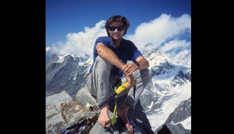 Hallan cuerpos de alpinista y camarógrafo desaparecidos hace 16 años en Tíbet