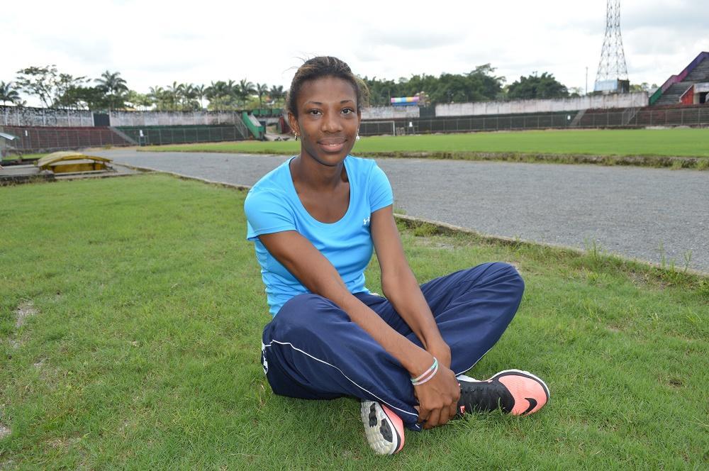 Santodomingueña resalta en competencia internacional de atletismo