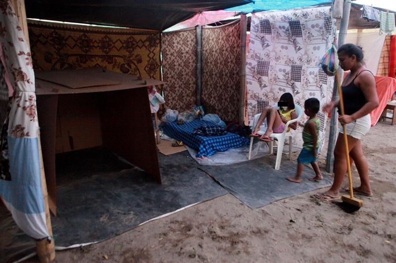 Gobierno ecuatoriano levantará registro único de damnificados por terremoto