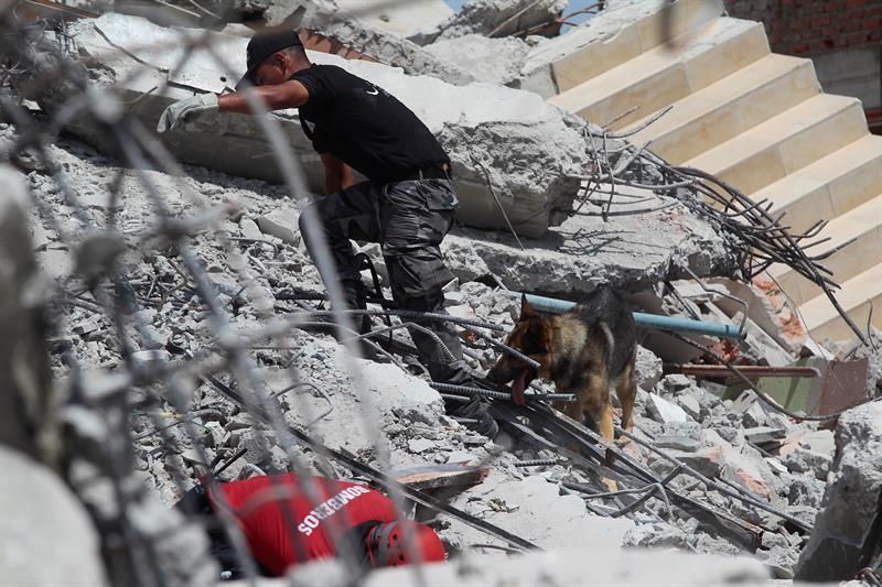 EE.UU. evalúa otorgar a los ecuatorianos estatus migratorio TPS tras terremoto