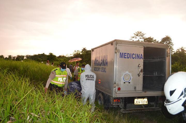 Policía de Santo Domingo investiga asesinato de tres personas