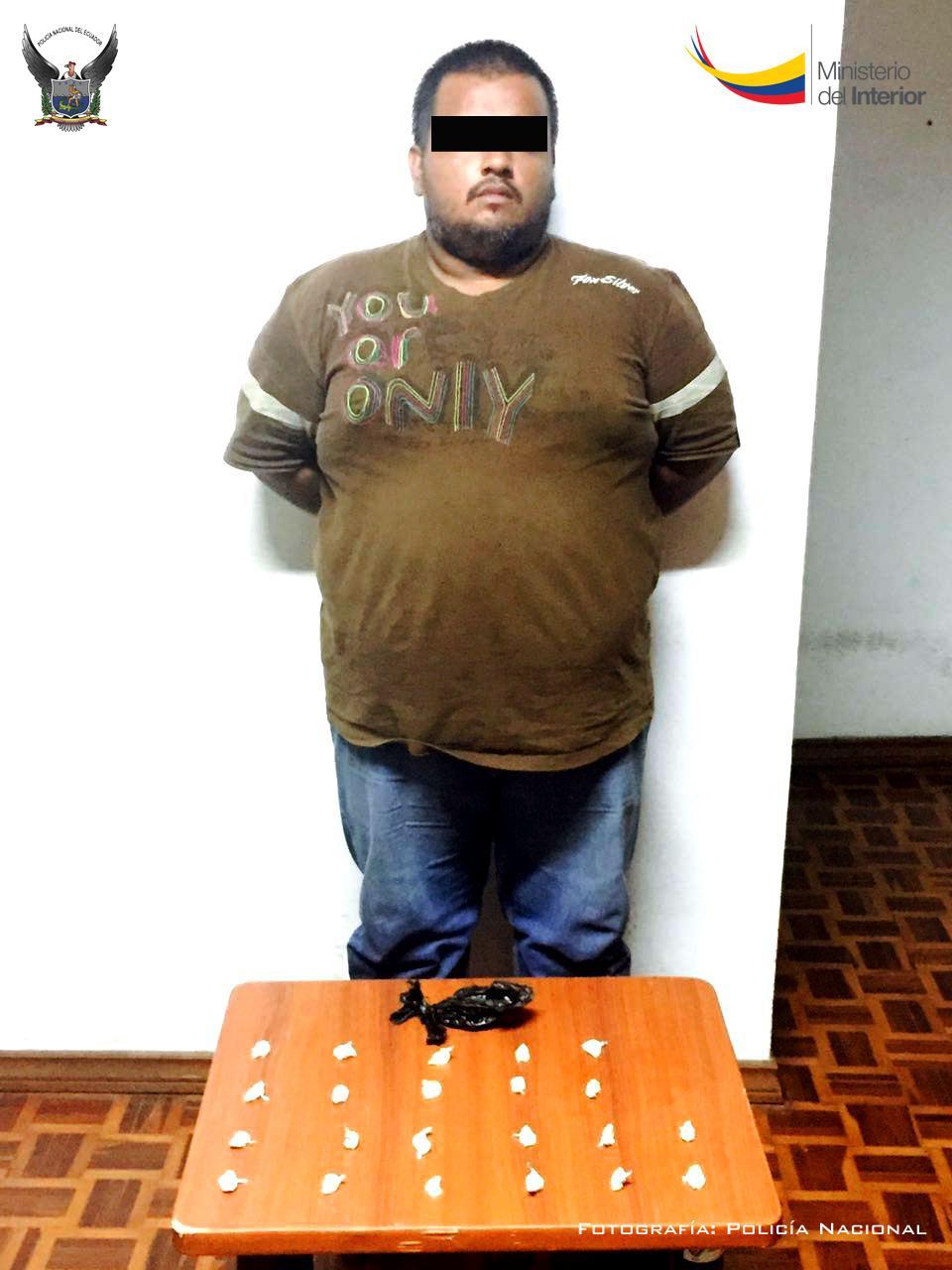 Acusado de vender fundas de cocaína