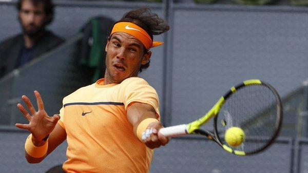 Nadal sufre ante Sousa y logra las semifinales contra Murray
