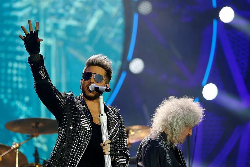 La mítica banda Queen reverdece con la joven y potente voz de Adam Lambert