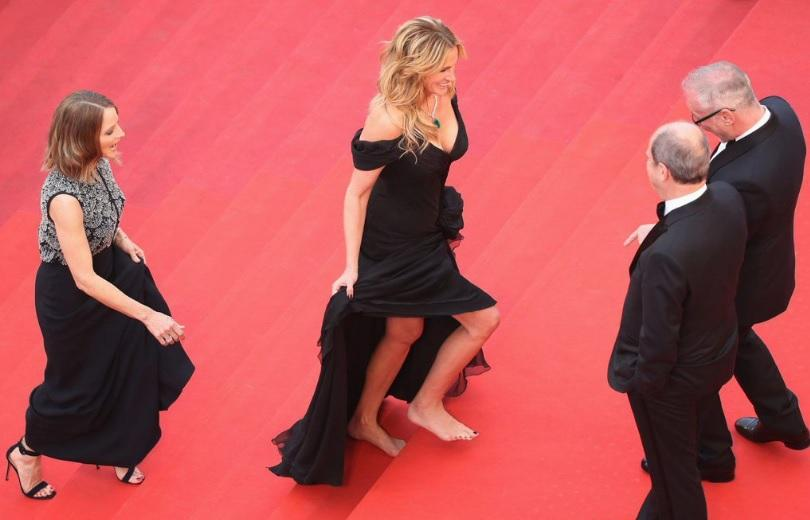 Los pies descalzos de Julia Roberts, la imagen del 69 Festival de Cannes