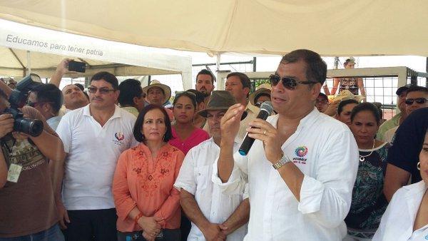 Un 58% de ecuatorianos desaprueba la gestión de Rafael Correa, según encuesta