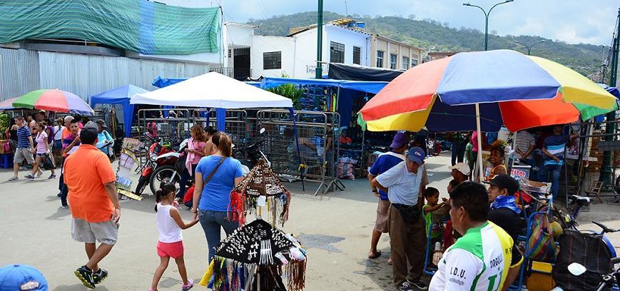 Portoviejo: Comerciantes de la Alajuela esperan que mejoren las ventas