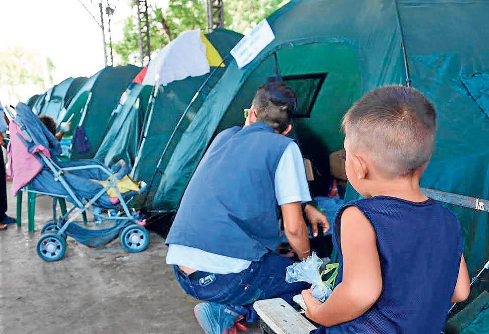 Huérfanos que dejó el terremoto del 16-A