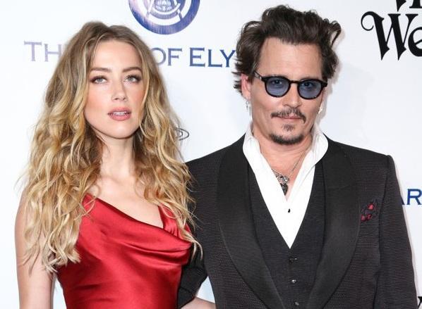 Johnny Depp y Amber Heard se divorcian tras un año de matrimonio