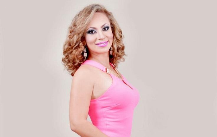 """Gabriela Zambrano representará a Santo Domingo en el certamen """"Señora Ecuador Universo 2016"""""""