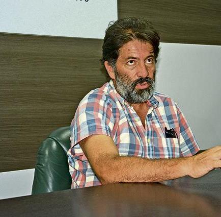 """Hugo Yepes: """"Manta se desplazó unos 80 centímetros hacia el mar"""""""