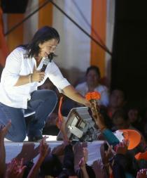 Fujimori tiene 52,2% y Kuczynski 47,8% en intención voto para segunda vuelta