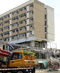 Dos semanas tardará la demolición del Centro Comercial Municipal
