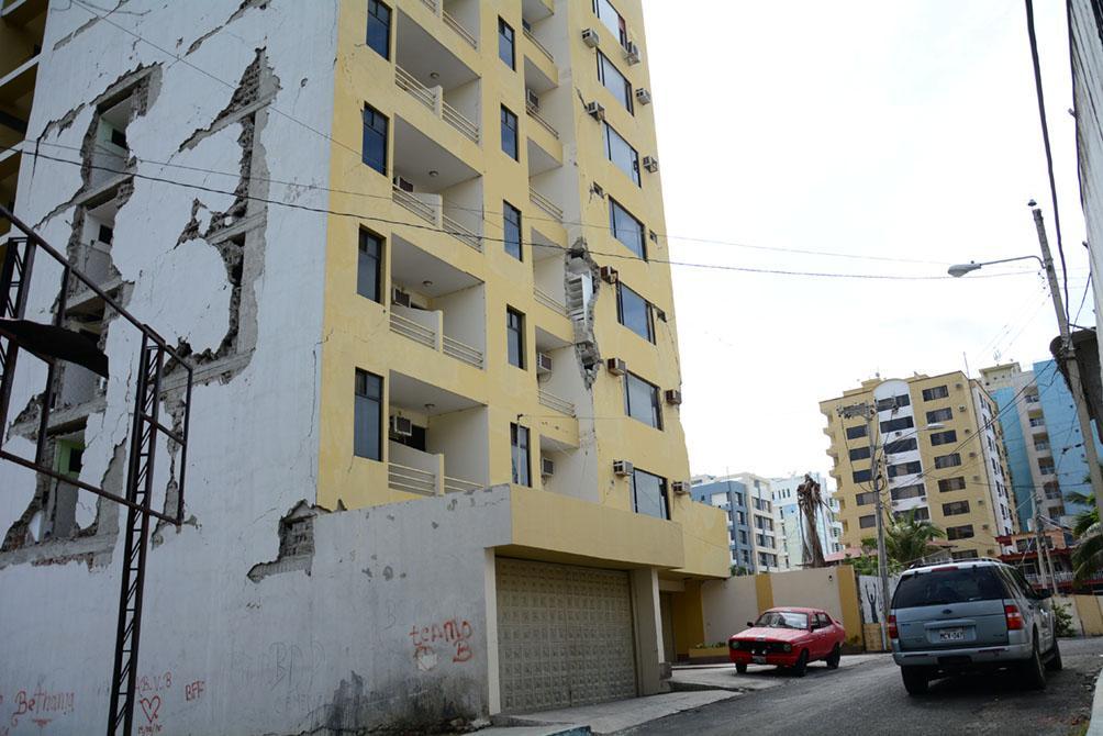 El negocio inmobiliario se ha detenido en Manta