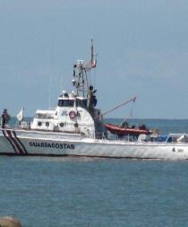 Pescadores de Jaramijó reciben ayuda Costa Rica tras naufragio