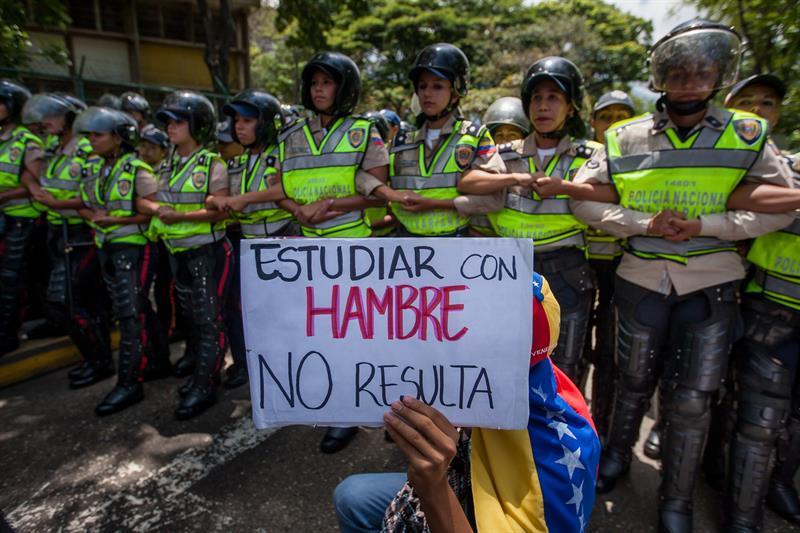 Almagro activa la Carta Democrática para Venezuela y convoca a 'sesión urgente'