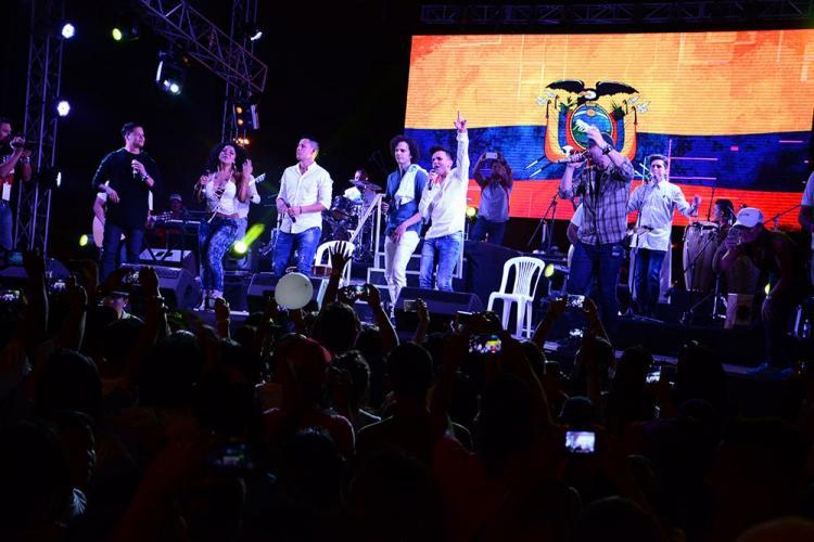 Artistas nacionales e internacionales en concierto 'Con alma de acero'
