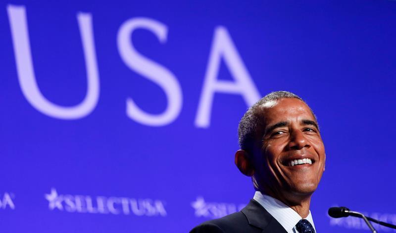 Obama bromea con registrarse en LinkedIn cuando deje la Casa Blanca