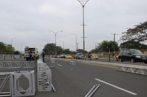 Un tramo de la avenida Urbina permanece cerrado por sesión solemne