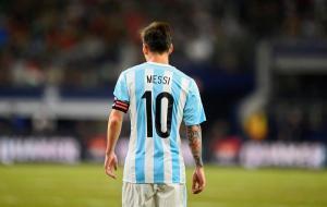 Messi le dice adiós a la Selección de Argentina, el mundo del fútbol reacciona