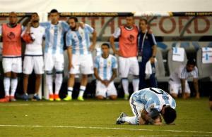 La prensa argentina 'llora' el adiós de Leo Messi