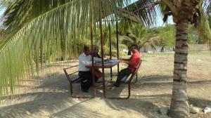Concejales de Portoviejo hacen oficina al aire libre