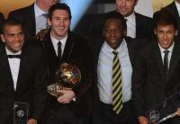 Pelé pide a Messi que reconsidere su decisión de dejar la selección de Argentina