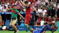 Un suizo seguidor de Portugal, el aficionado que intentó abrazar a Ronaldo