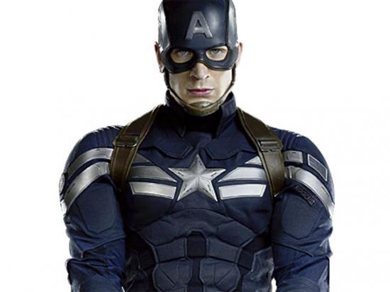 Levantan estatua del Capitán América