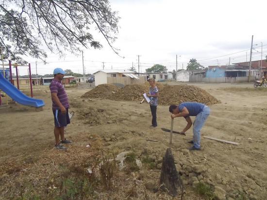 El sector Las Palmas de Tosagua tendrá  una cancha deportiva