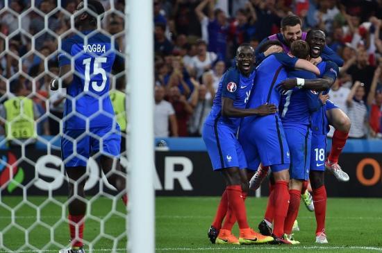 Francia vence a Alemania y clasifica a la final de la Eurocopa