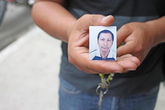 Hombre que muríó electrocutado fue sepultado en cementerio de Tarqui en Manta
