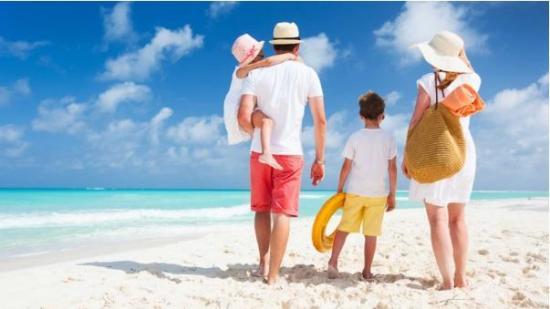Consejos para cuidar a los niños en la playa