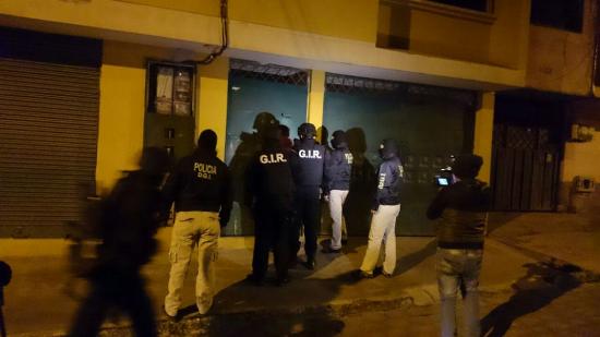 Policía captura a presunto estafador de aspirantes a policías en Quito