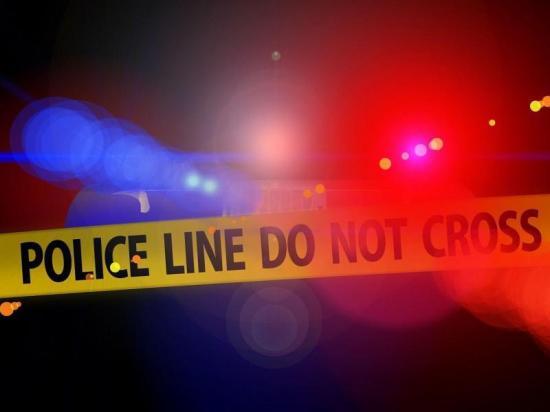 Hombre se suicida tras asesinar a sus tres hijos, esposa y vecino