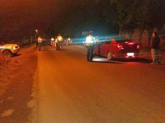 Seis vehículos fueron retirados de circulación en Montecristi.
