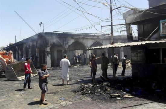 Al menos 40 muertos tras nuevo ataque yihadista a un mausoleo chií de Bagdad