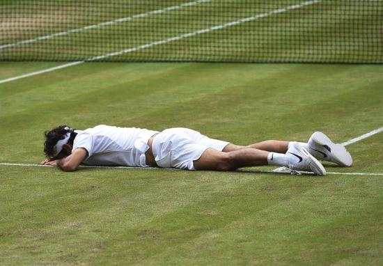 Federer queda fuera del Wimbledon tras caer ante Raonic
