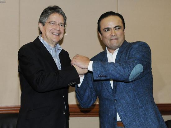 Carrasco y Lasso se reúnen