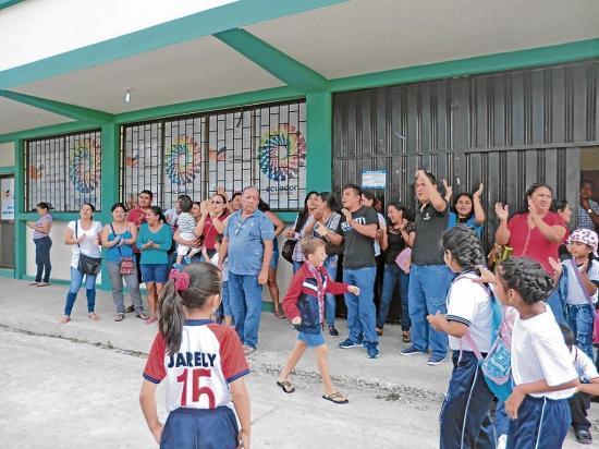 La unificación genera reclamos de los padres de familia de escuelas