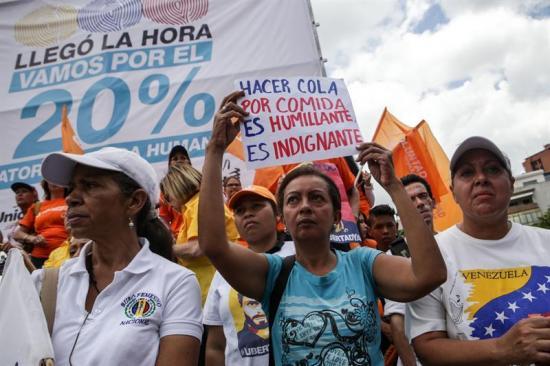 Oposición venezolana recorrerá el país para presionar para el revocatorio