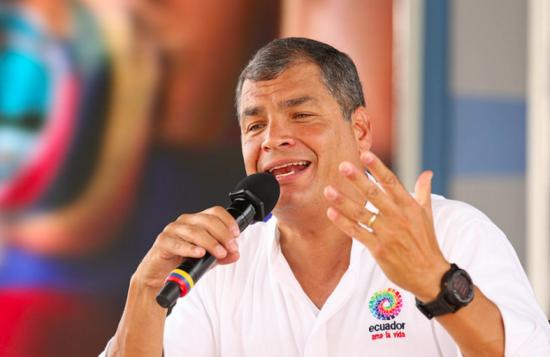 Presidente suspende las clases en Manabí y Esmeraldas tras los sismos