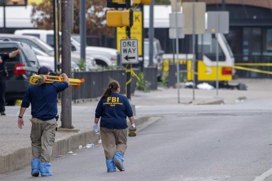 La Policía de Dallas revisará 170 horas de vídeo para reconstruir matanza