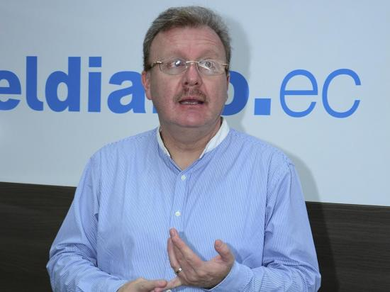 Aguilar: 'Lenín Moreno abusa de los fondos públicos'