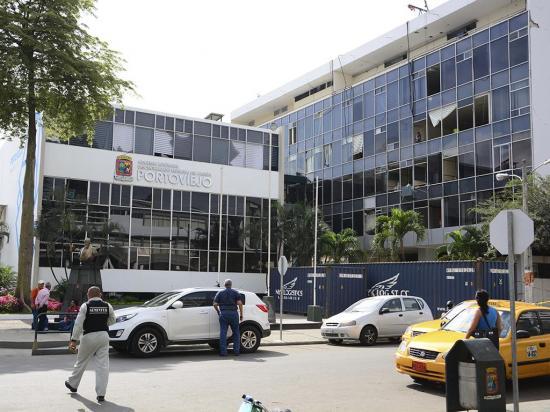 Al palacio municipal le quitarán dos plantas para reducir carga