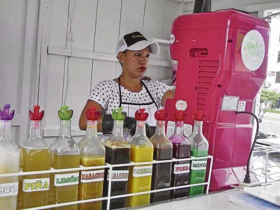 El local 'Punto Fresh' atiende hasta 150  clientes a diario