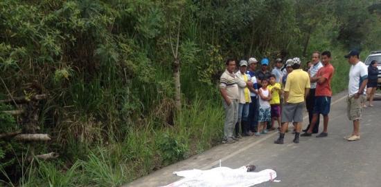 Agricultor muere arrollado en la vía a San Isidro