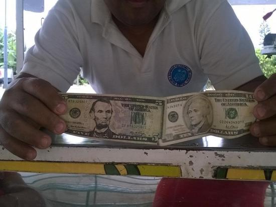 Preocupación por dinero falsificado