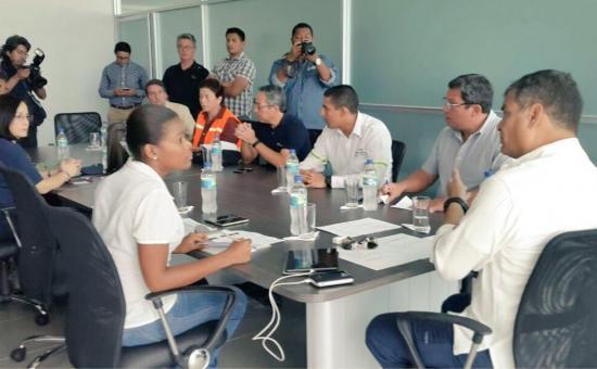 Presidente Correa extiende estado de excepción para Manabí y Esmeraldas